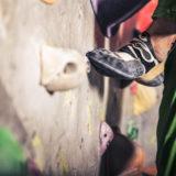ボルダリング初心者のための、シューズ選び指南。痛い靴はいいの?