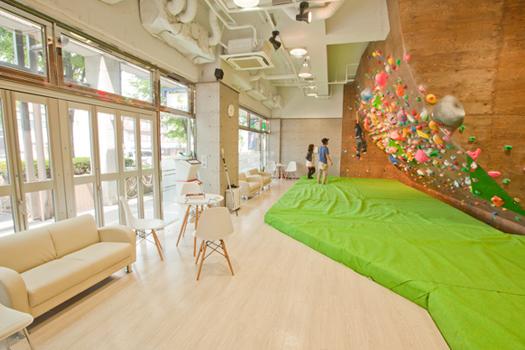大阪のボルダリングジム10選! 初心者や子供でも楽しめる施設