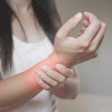 ボルダリングをしている前腕が痛みやすい? 理由や対処法を紹介