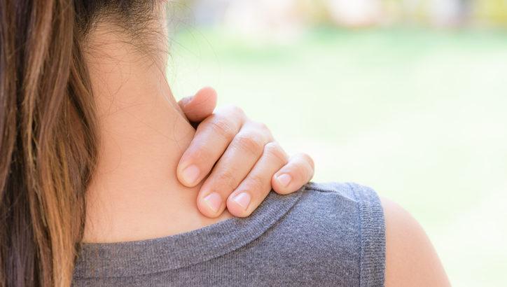 ボルダリングで肩こりを和らげる! 多くの人を悩ます肩こりについて