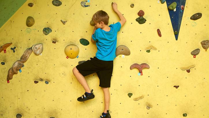 ボルダリングを習ってみたい! キッズ向けのボルダリング教室をご紹介