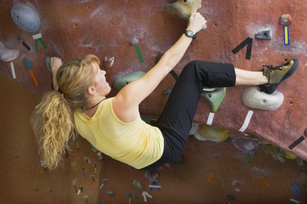 理学療法士が教えるボルダリングのための自宅トレーニング「骨盤、股関節」編