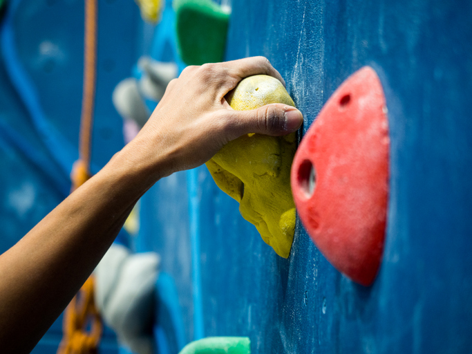 ボルダリング上達には「握力」を鍛えよう! 4種類の握力のトレーニング方法とは?