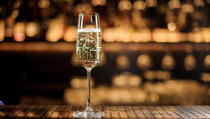 美味しいシャンパンが飲みたい! 東京でおすすめのシャンパンバー5選