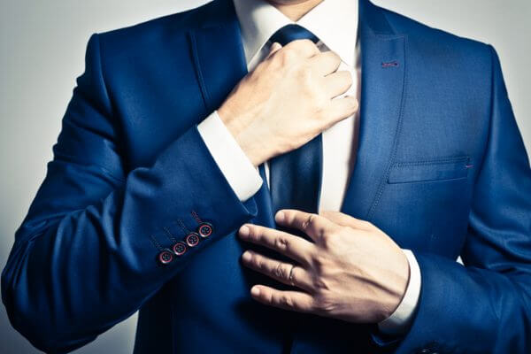 婚活女子が公務員の男性と出会う方法! 結婚におけるメリットは……?