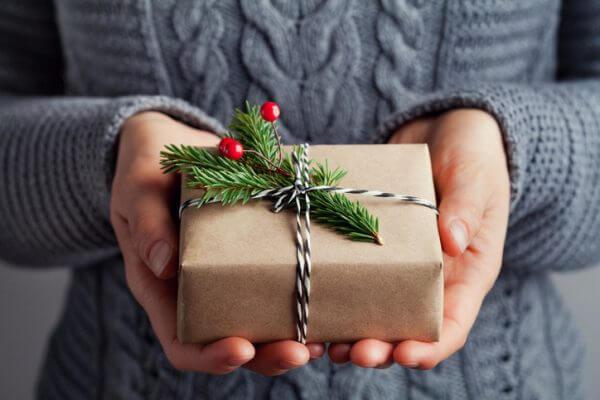 社会人の彼氏にクリスマスは何を贈る? 5つのおすすめプレゼントをご紹介!
