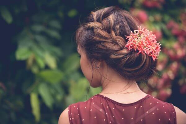 結婚式におすすめ! 簡単にできて可愛いヘアアレンジ10選