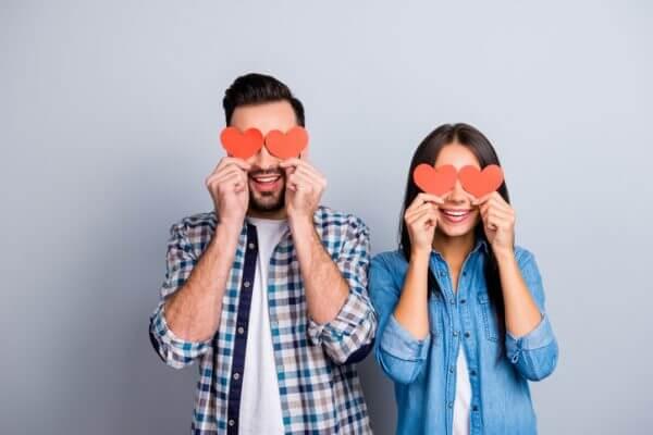【心理テスト・恋愛編】5人組の構成で診断。あなたは友情から恋が生まれるタイプ?