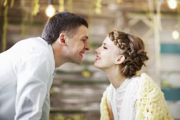 結婚するまでの交際期間はどれくらい? どのタイミングで決断する?