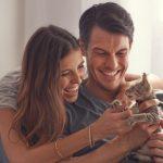<タウン>猫が「クルル」と鳴き声をあげるのはどんな時? 対応は?
