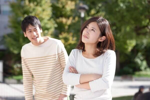 付き合うと苦労する…子供っぽい男性の特徴4つ