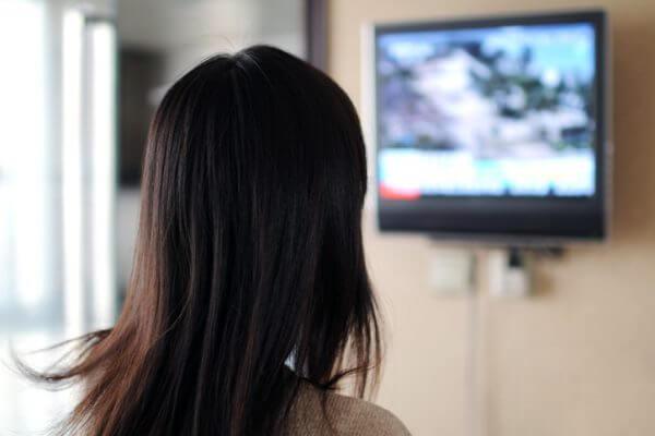 テレビを見ながら〇〇で「太らない体」に!