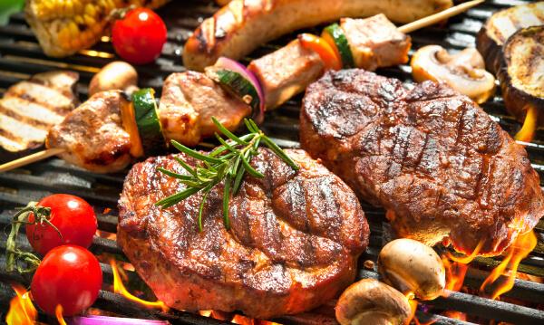 人はなぜ外で肉を食うのか? 東京駅から10分、手ぶらでBBQの謎を追う!!【趣味コン・趣味活レポート】