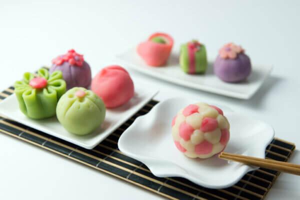 手土産に和菓子はいかが? 見た目がオシャレで美味しい和菓子10選