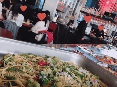 美味しい料理とご一緒に、楽しいお時間をお過ごしください☆