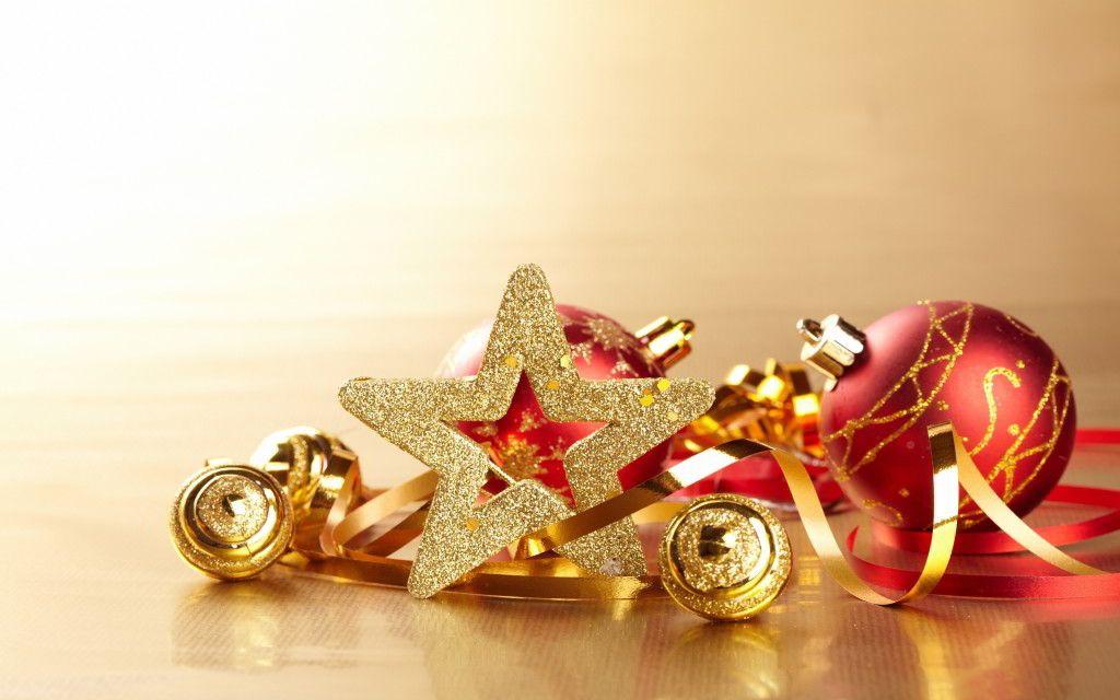 gold-xmas-decoration
