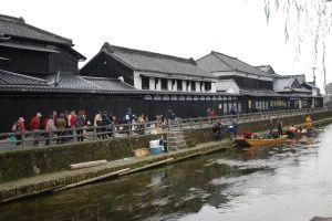 Storehouse_along_Uzuma_river,tochigi-city,japan