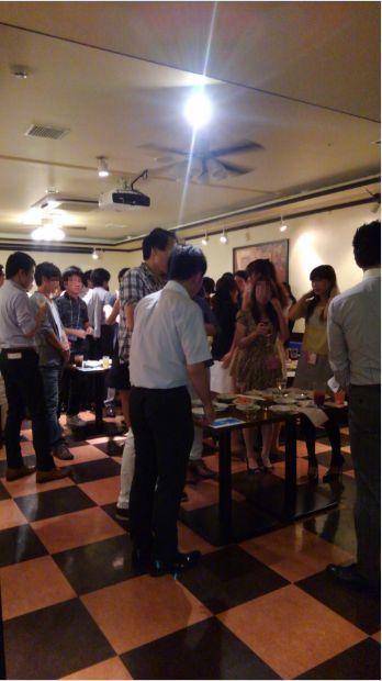 開催風景青山パーティー1