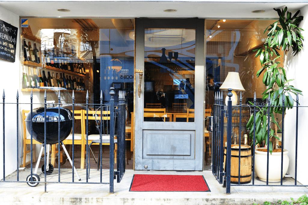 あげぱんカフェ入口