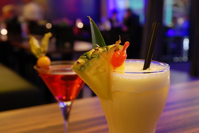 cocktail-857393_640