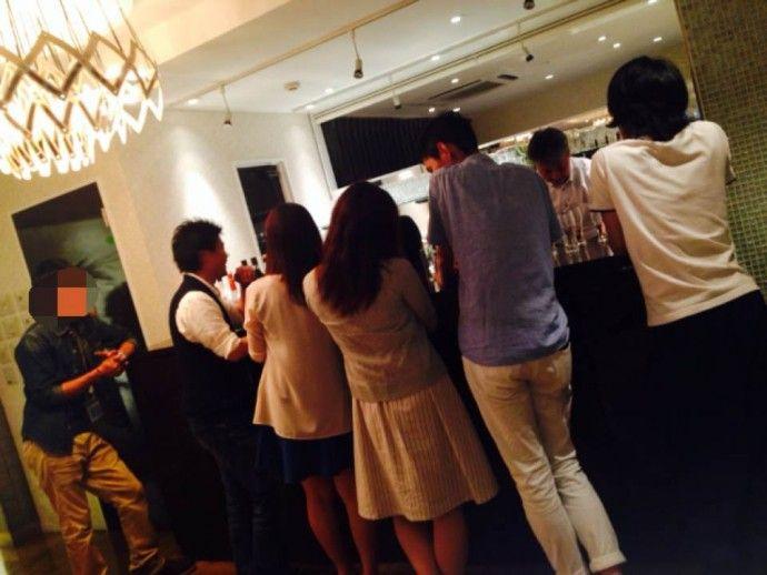青山パーティー店内2