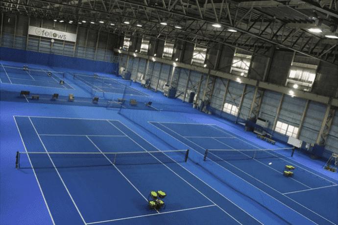 フェロウズ テニスコート